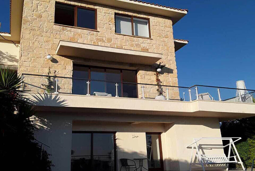 4 bedroom house for sale in Palodeia Limassol district_10