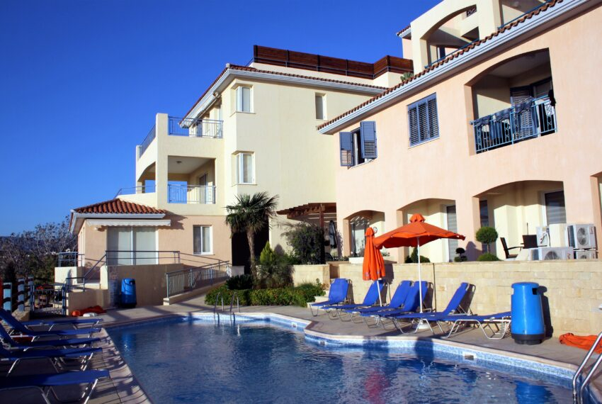 2 bedroom apartment for sale Kissonerga Paphos_8