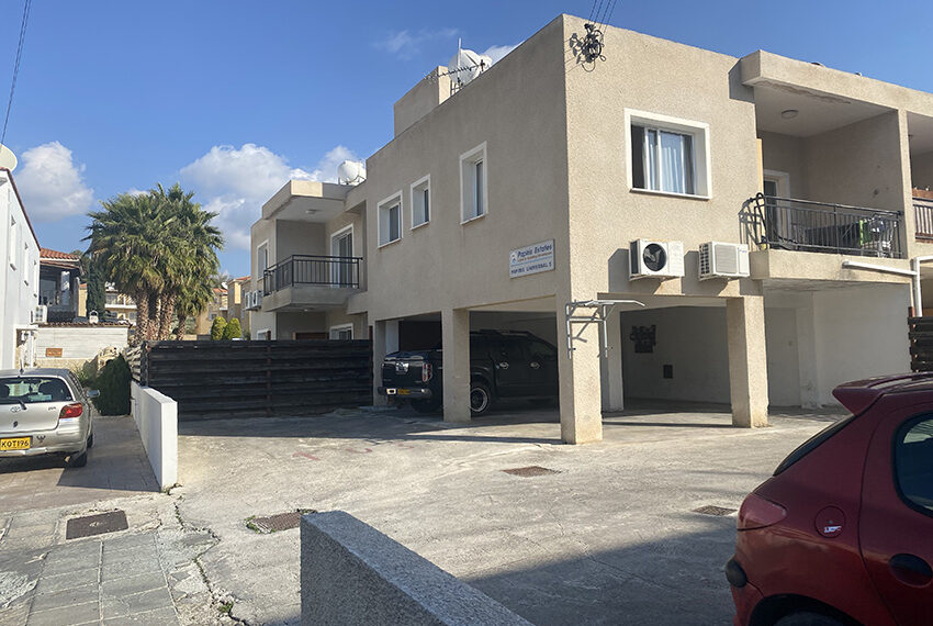 Garden apartment for sale in Paphos Universal_1