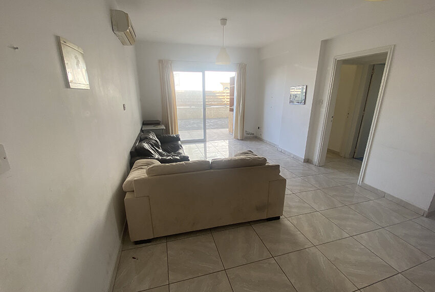 1 bedroom garden apartment for sale in Paphos Universal