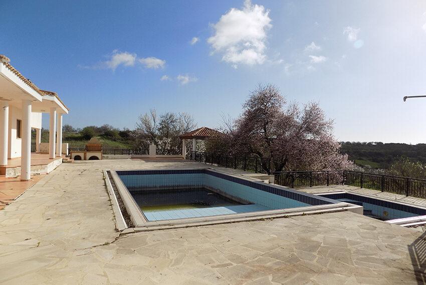 Halkyon villa for sale on large plot Marathunda Paphos_44