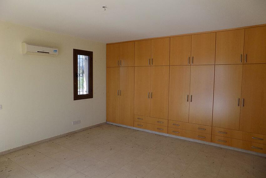 Halkyon villa for sale on large plot Marathunda Paphos_55