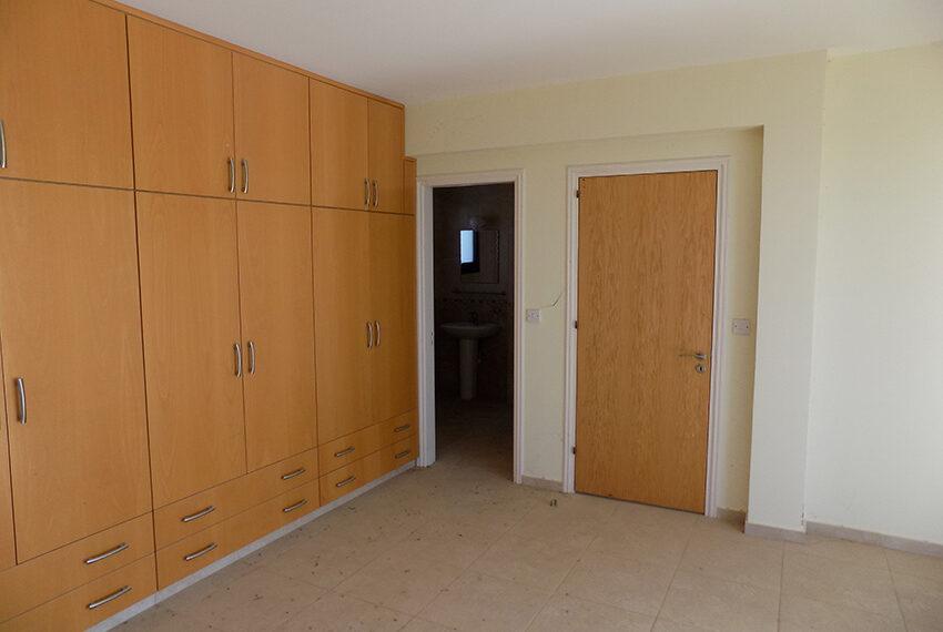 Halkyon villa for sale on large plot Marathunda Paphos_57