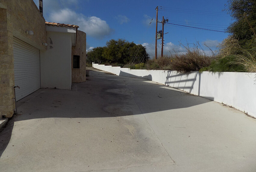 Halkyon villa for sale on large plot Marathunda Paphos_61