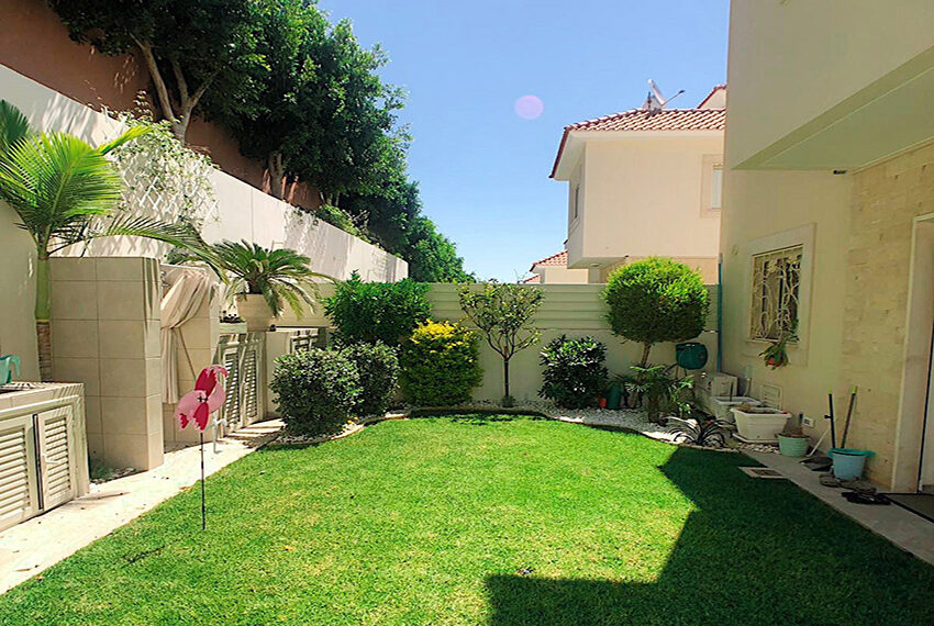 Modern 4 bedroom house for sale in Limassol Mouattagiaka_25