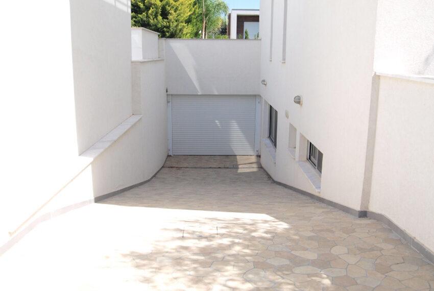 Sunrise luxury villa for sale in Limassol Mouttagiaka_3