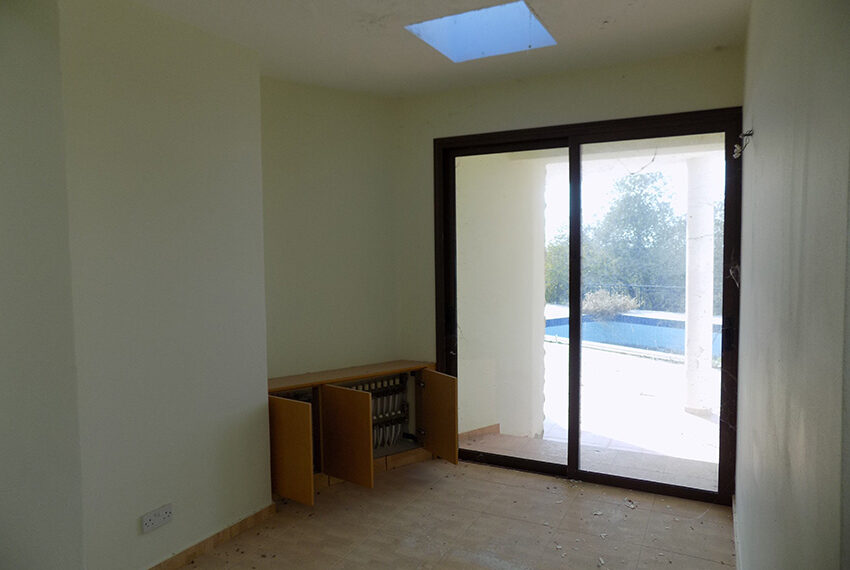 Halkyon villa for sale on large plot Marathunda Paphos_34