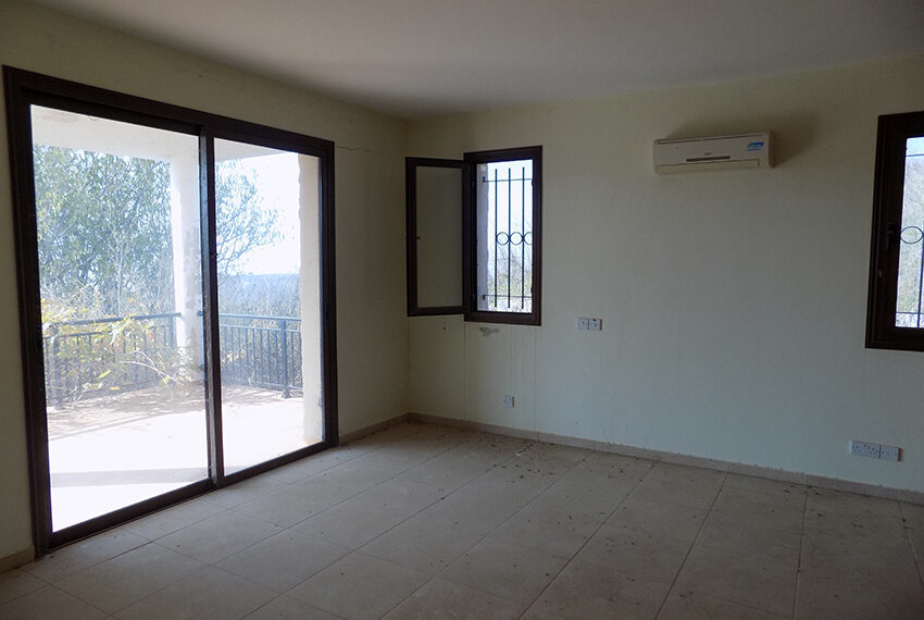 Halkyon villa for sale on large plot Marathunda Paphos_41
