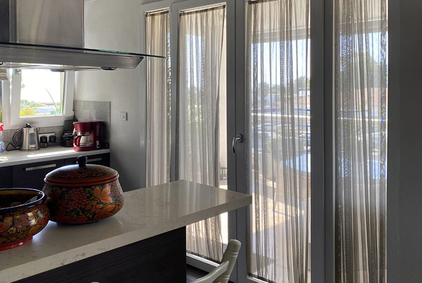 2 bedroom flat for sale with sea views in Limassol_9