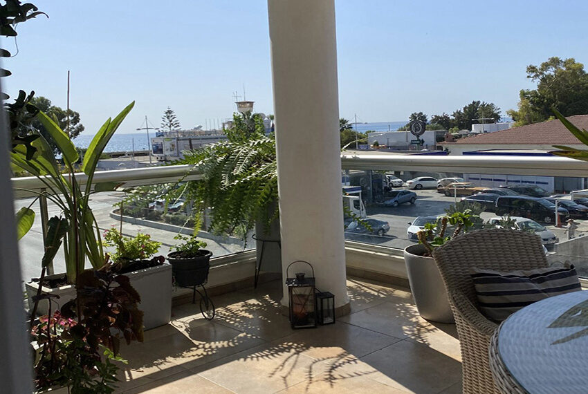 2 bedroom flat for sale with sea views in Limassol_10