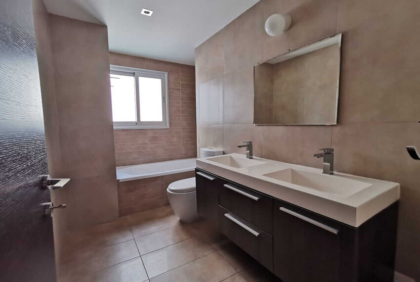 2 bedroom apartment for sale Agia Zoni Limassol_7