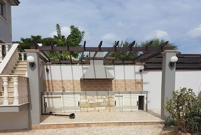 5 bedroom villa for sale in Moni Limassol district_4