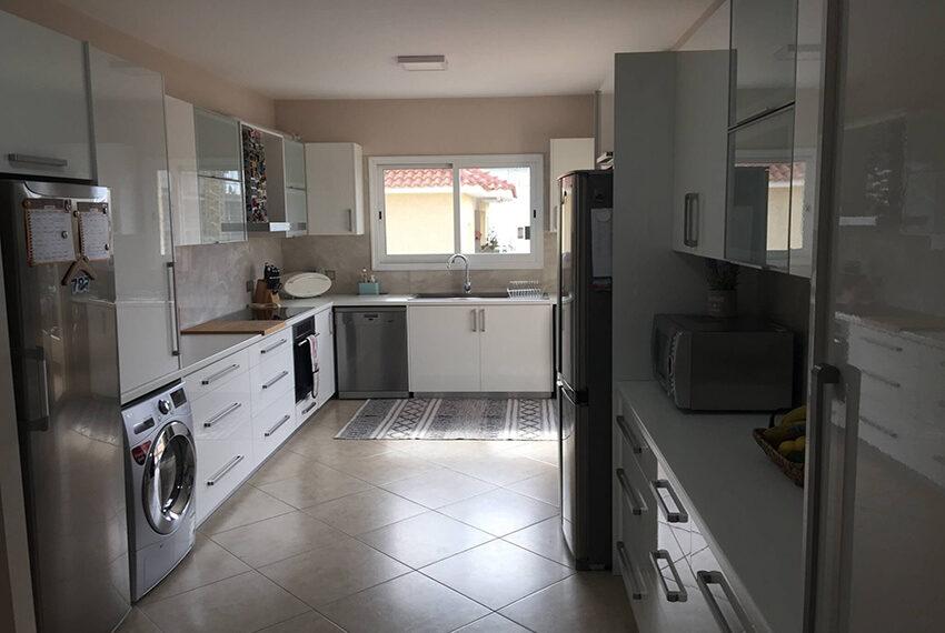 3 bedroom penthouse for sale Limassol Elena court_11