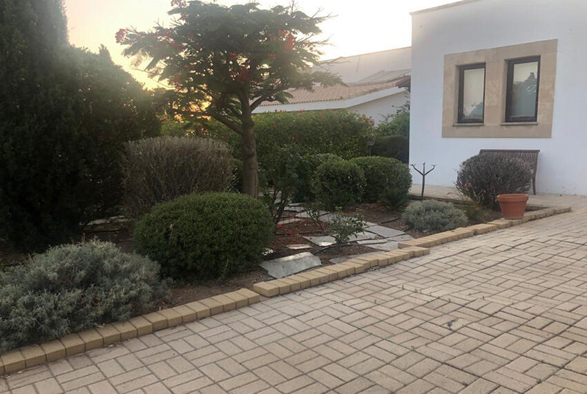 Villa for sale Aphrodite hills golf resort Cyprus_1