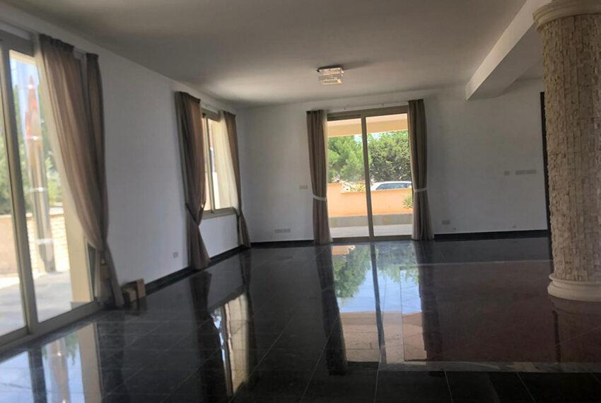 4 bedroom villa for rent long term in Tala Cyprus_3
