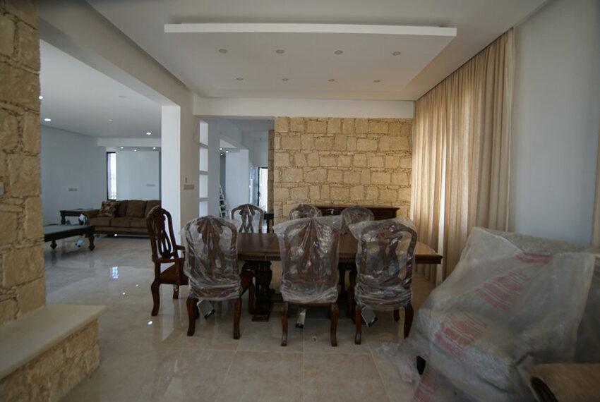 4 bedroom bungalow for rent in Tsada Paphos_6