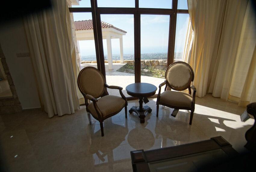 4 bedroom bungalow for rent in Tsada Paphos_12