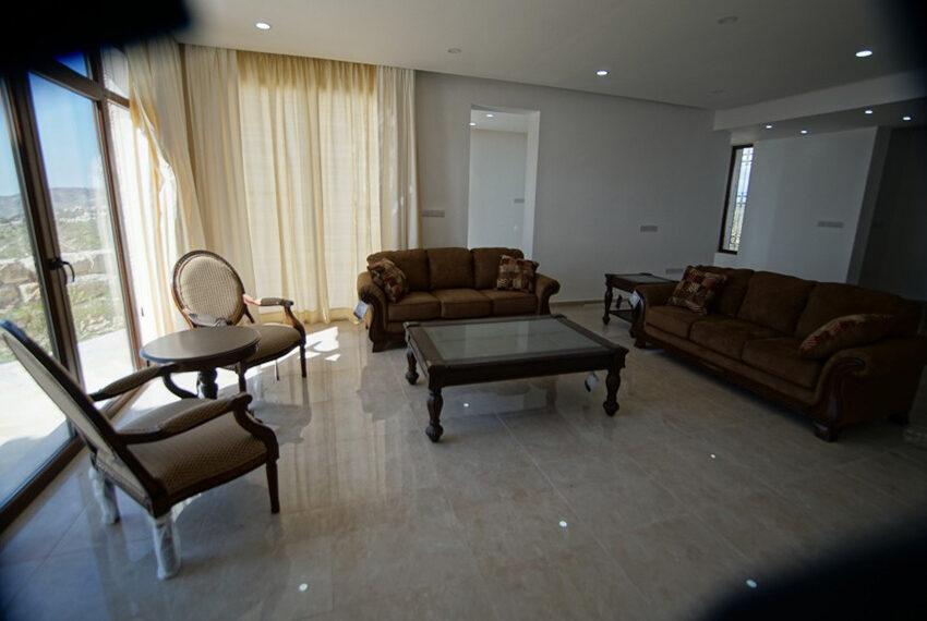 4 bedroom bungalow for rent in Tsada Paphos_13