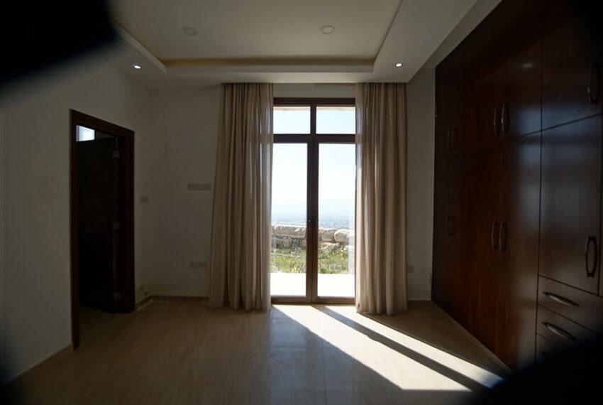 4 bedroom bungalow for rent in Tsada Paphos_15
