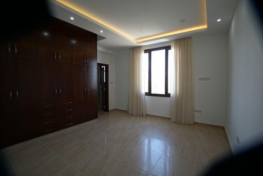 4 bedroom bungalow for rent in Tsada Paphos_16