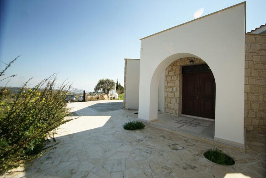 4 bedroom bungalow for rent in Tsada Paphos_18