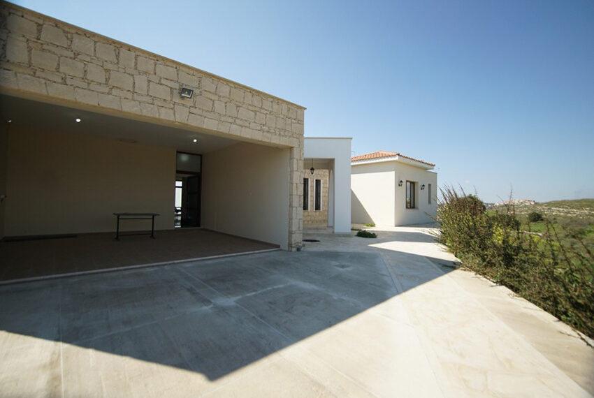 4 bedroom bungalow for rent in Tsada Paphos_19