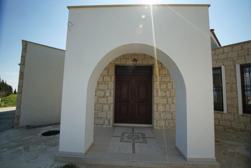 4 bedroom bungalow for rent in Tsada Paphos_23