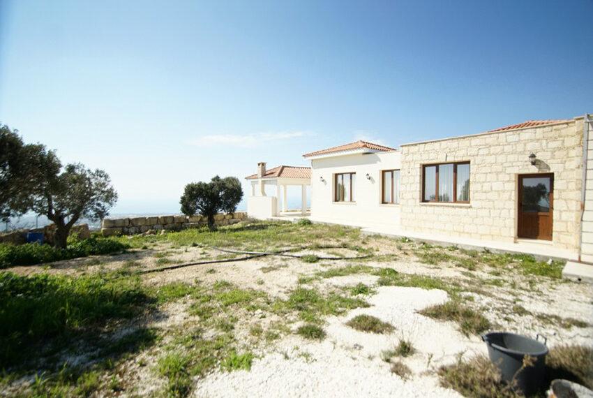 4 bedroom bungalow for rent in Tsada Paphos_24