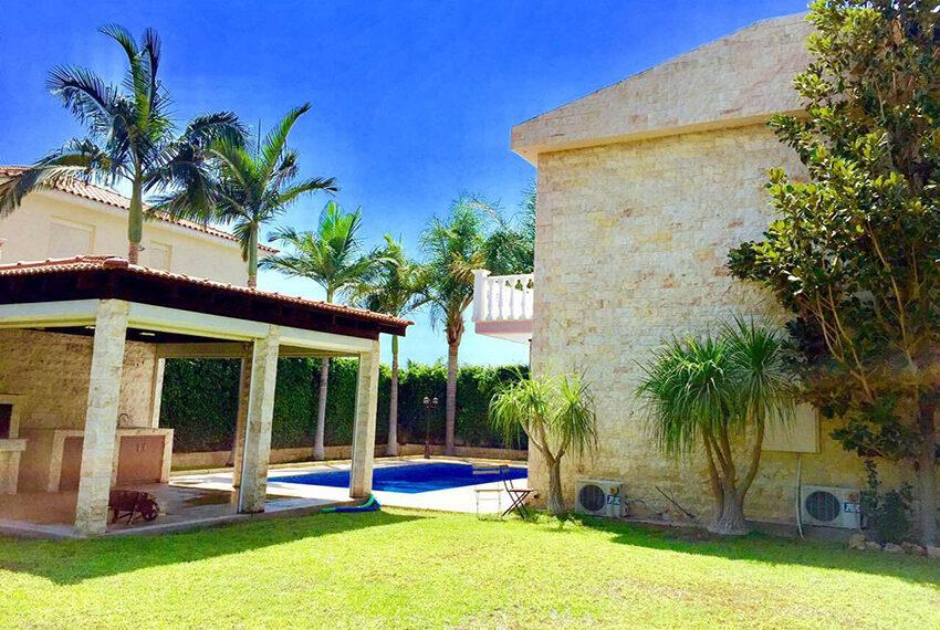 For sale 3 bedroom vila with privet pool Germasogeia tourist area_4