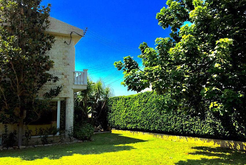 For sale 3 bedroom vila with privet pool Germasogeia tourist area_5