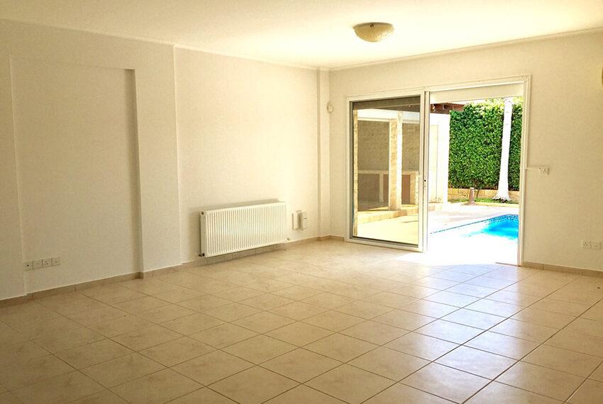 For sale 3 bedroom vila with privet pool Germasogeia tourist area_12