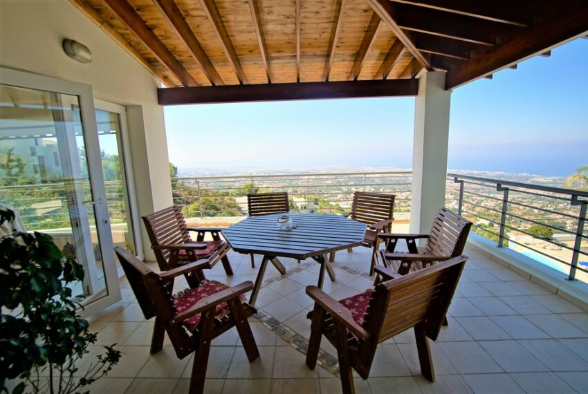 Villa for rent with magnificent sea views in Tala Cyprus_4