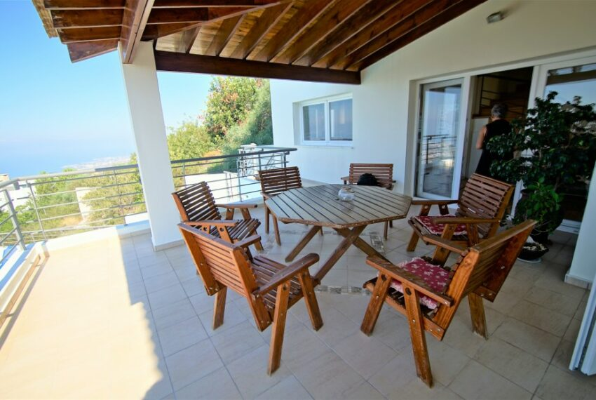 Villa for rent with magnificent sea views in Tala Cyprus_6