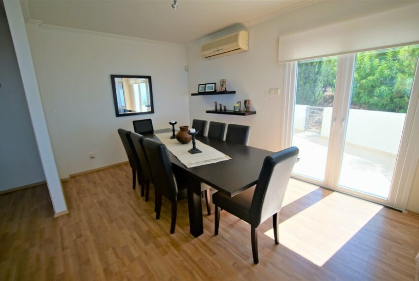Villa for rent with magnificent sea views in Tala Cyprus_12