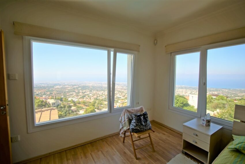 Villa for rent with magnificent sea views in Tala Cyprus_22
