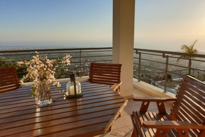 Villa for rent with magnificent sea views in Tala Cyprus_38