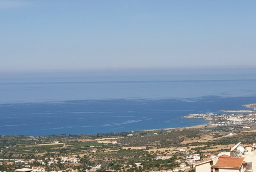 Villa for rent with magnificent sea views in Tala Cyprus_45