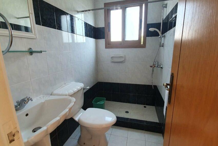 Detached 3 bedroom villa for rent long term in Sea Caves _21