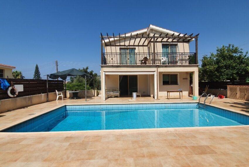 Detached 3 bedroom villa for rent long term in Sea Caves _23