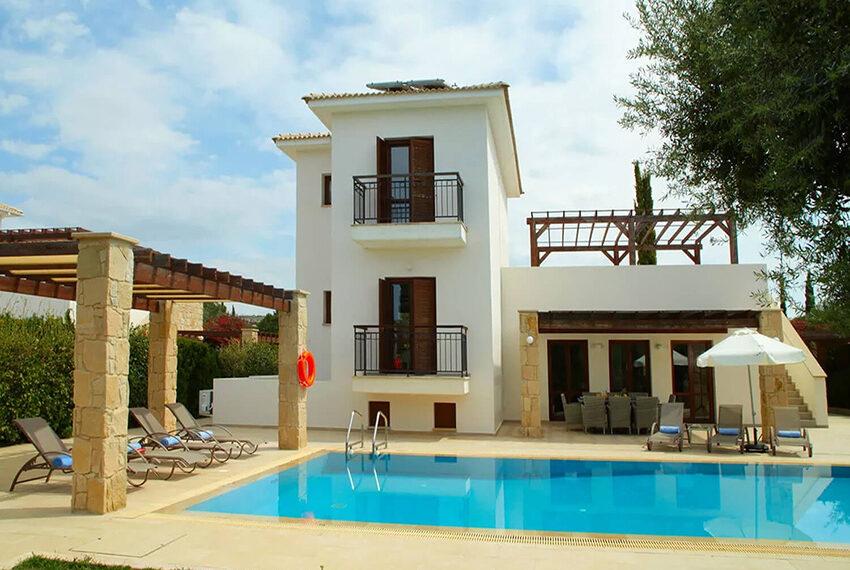 Luxury 4 bed villa for sale Aphrodite hills golf resort Cyprus_3