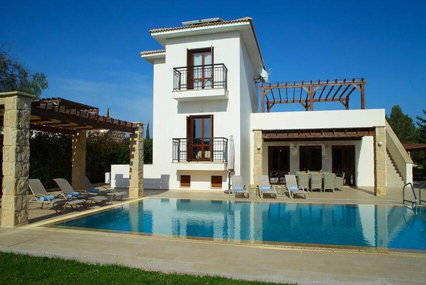 Luxury 4 bedroom villa for sale Aphrodite hills golf resort Cyprus_1