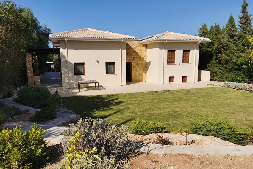 Luxury 4 bedroom villa for sale Aphrodite hills resort Cyprus_2