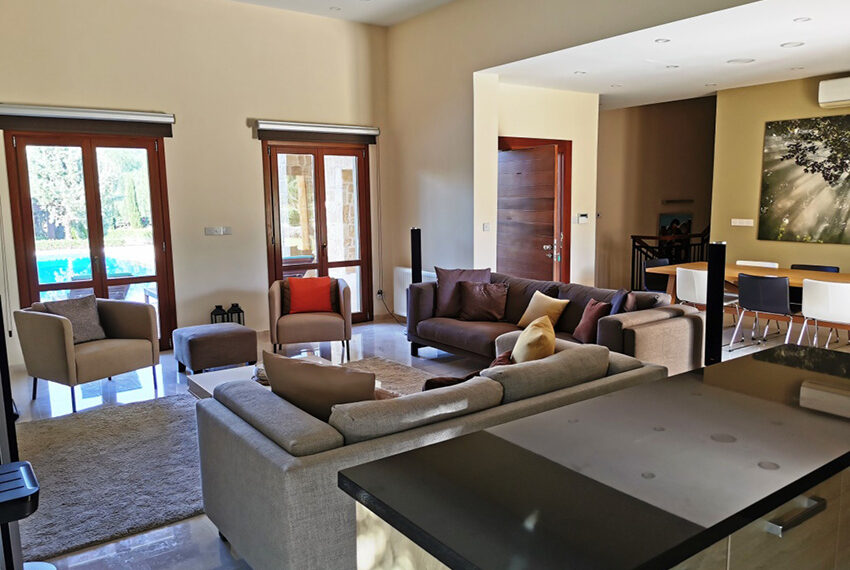 Luxury 4 bedroom villa for sale Aphrodite hills resort Cyprus_13