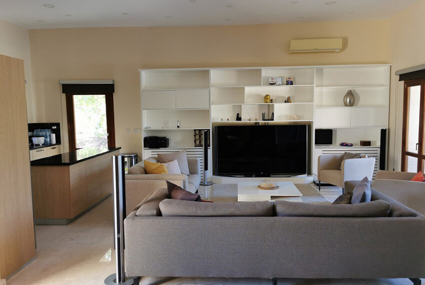 Luxury 4 bedroom villa for sale Aphrodite hills resort Cyprus_15
