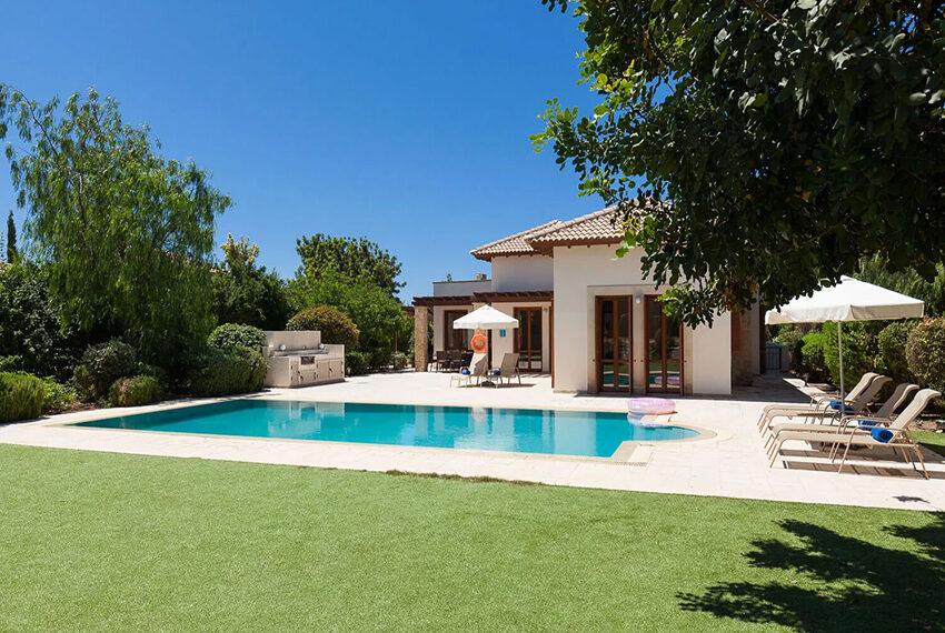 ury villa for sale large plot Aphrodite Hills Golf Resort_3
