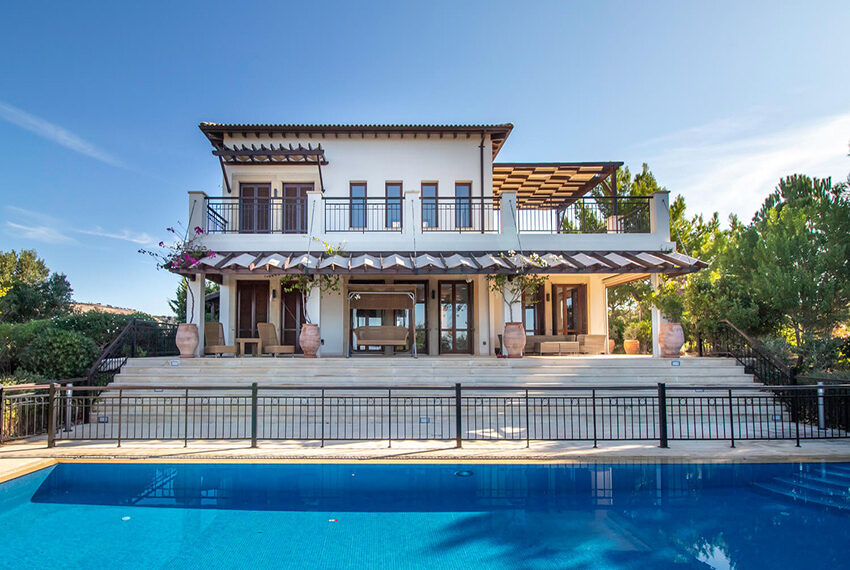 Luxury villa for sale with fantastic views Aphrodite hills Cyprus_6