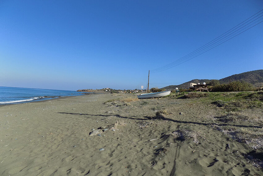 Beach front plot for sale in Agia Marina Cyprus_4