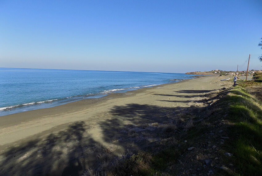 Beach front plot for sale in Agia Marina Cyprus_6