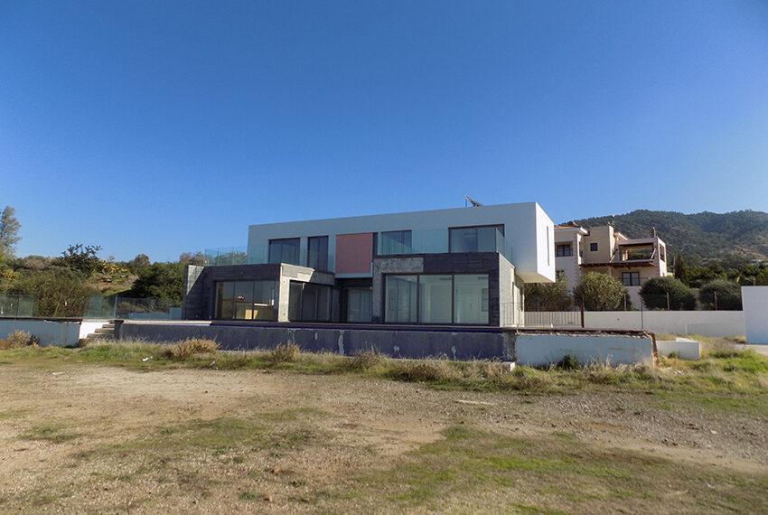 Modern beach villa for sale in Cyprus Pomos _1