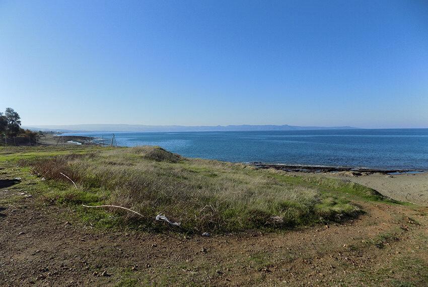 Modern beach villa for sale in Cyprus Pomos _3